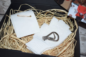 Stock & Gloves Hunting Gift Box
