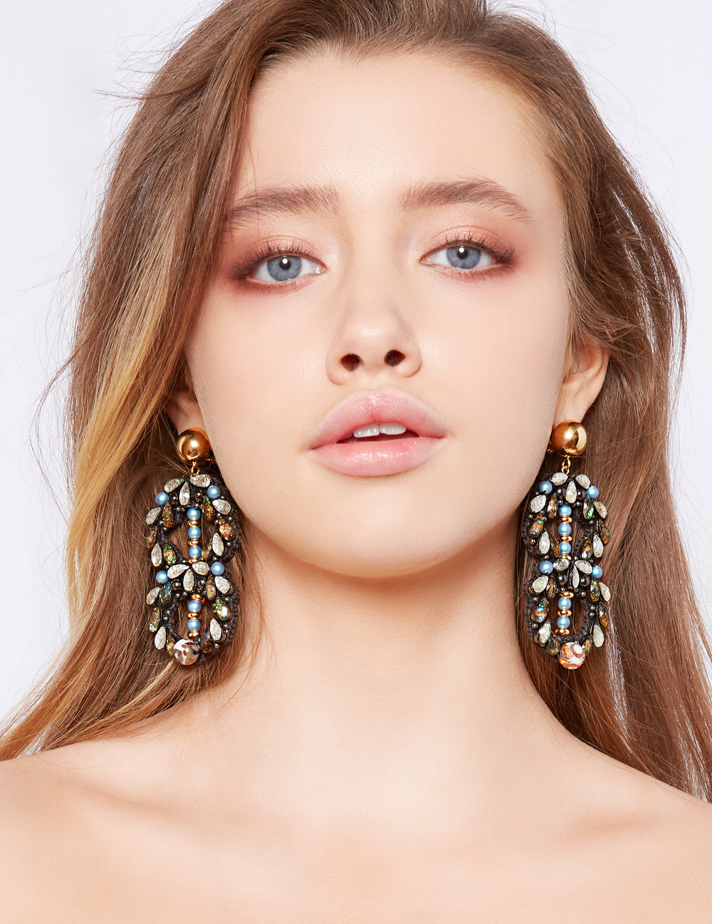 Stowe earrings (post)
