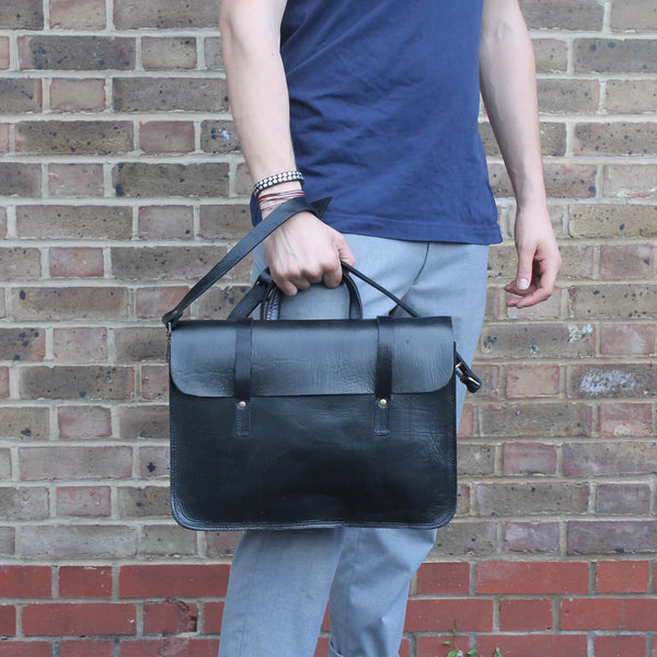 Jordan messenger - Black-ISMAD LONDON