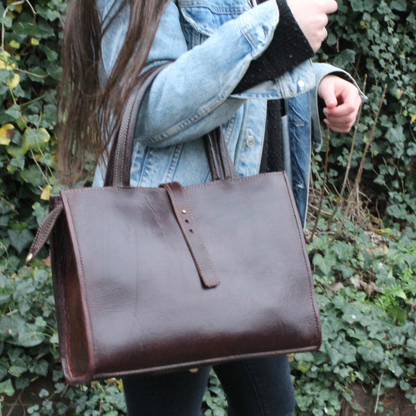 Gisele Tote - Chocolate-ISMAD LONDON