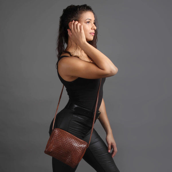 Simone Crossbody - Tan