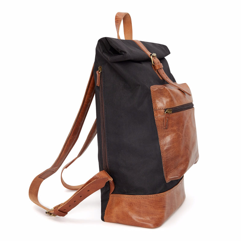 Roberto Backpack tan