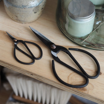 Vintage Style Scissors - The Botanical Candle Co. Soy Wax Candles UK