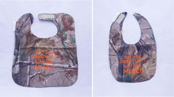Bet Your Daddy Can't hunt Like Mine - Camo Hunting Baby Bib -  Boys - Hunter Orange Lettering