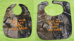 Can't Wait To Hunt With My Dad - Camo Hunting Baby Bib - Boys - Orange Lettering
