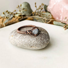 Load image into Gallery viewer, Moonstone Ring Size 7 US - Michelle Louise Inspirations