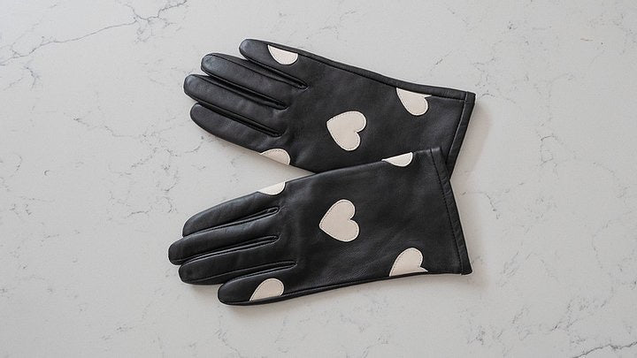 Mabel Sheppard White Heart Gloves