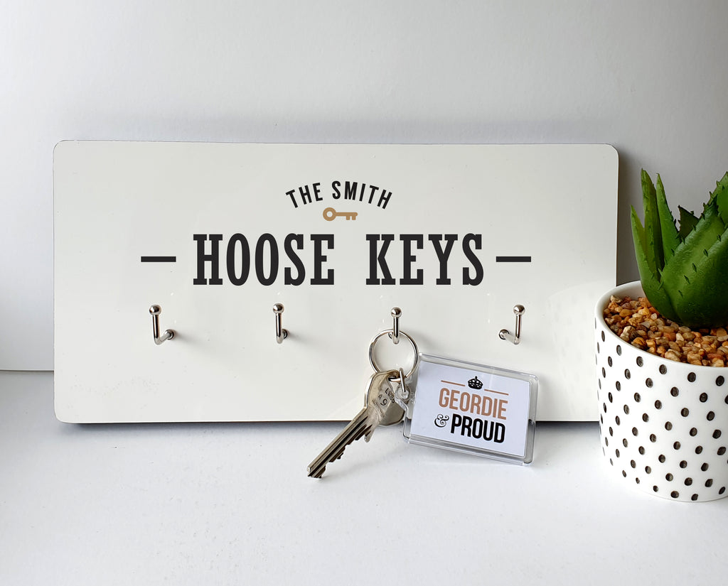 personalised familly name wor hoose keys. geordie wall plaque key hanger house key keep safe. Newcastle presents