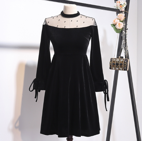 Boho Queen Black Velvet Dress