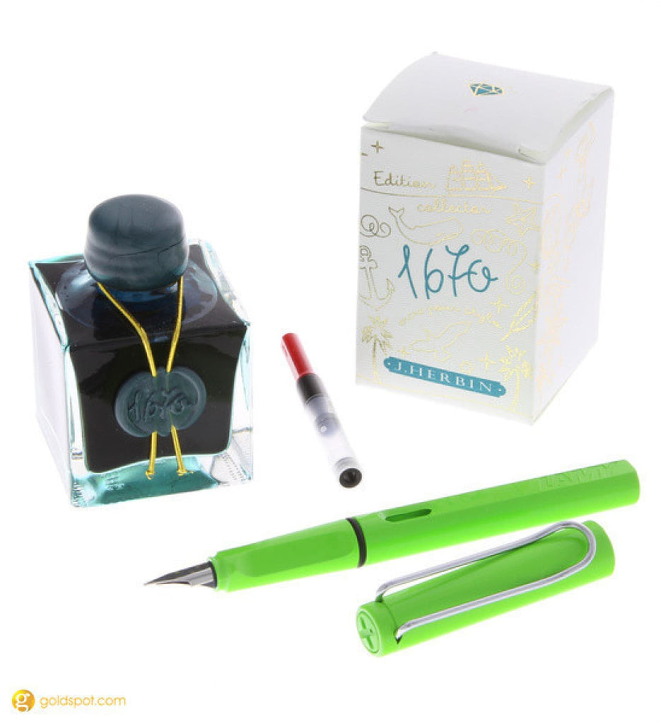 Lamy Safari Fountain Pen in Apple Green & J. Herbin Emerald of Chivor Combo Gift Set
