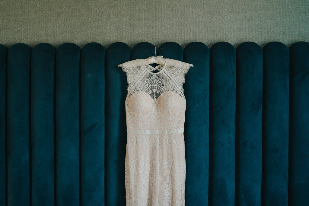 Catherine Deane | Real Bride Laura | Suri Gown