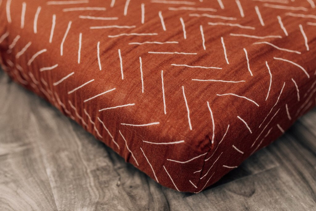 Rust Mudcloth Crib sheet - Boutique Wanderlust