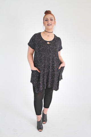 Black & White Star Print Top With Drop Pockets,Plus size clothing,womens plus size clothing,big size ladies dress,plus size