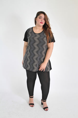 Black & Multi Optical Illusion Print Top With Frill Hem,Plus size clothing,womens plus size clothing,big size ladies dress,plus size