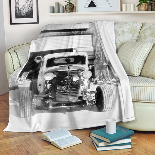 The Rat's Garage Premium Blanket