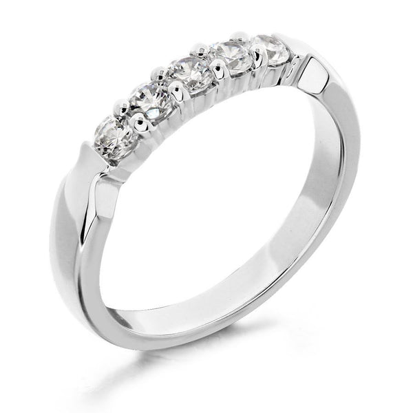 GoldQuest Jewelers in Boston shared prong diamond bezel on the side wedding band