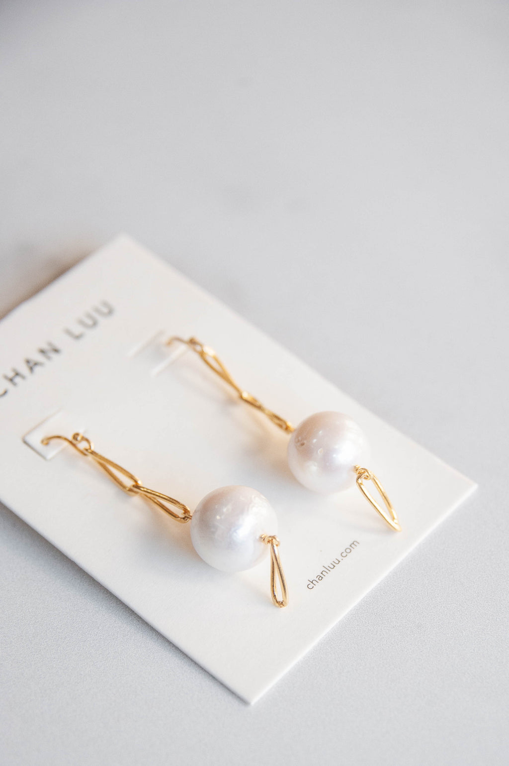 Pearl And Drop Chain Earring