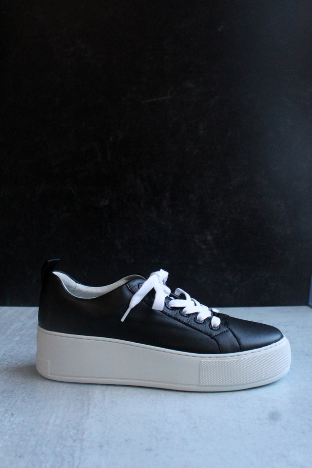 Margot Black Sneaker