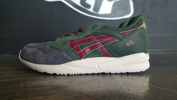 "Asics Gel Saga ""Christmas"""