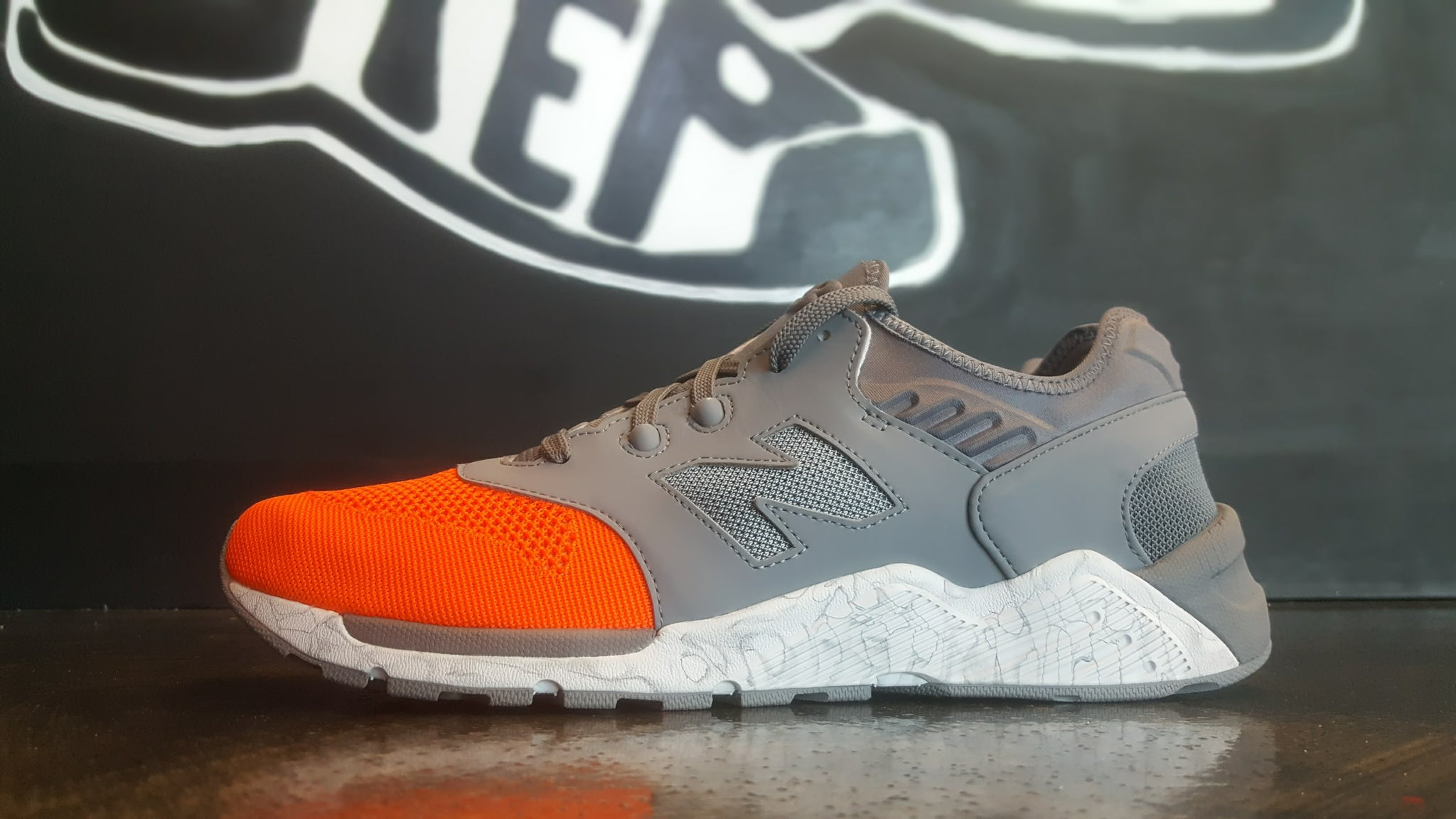"New Balance 009 ""Grey/Orange"""