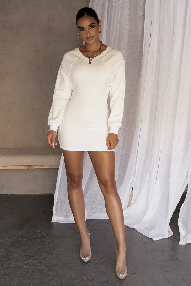 WHITE FRENCH CREW NECK KNIT DRESS