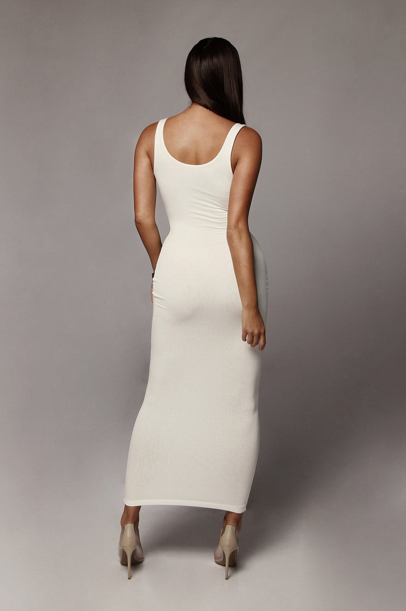 Ivory Leeya Scoop Neck Maxi Dress