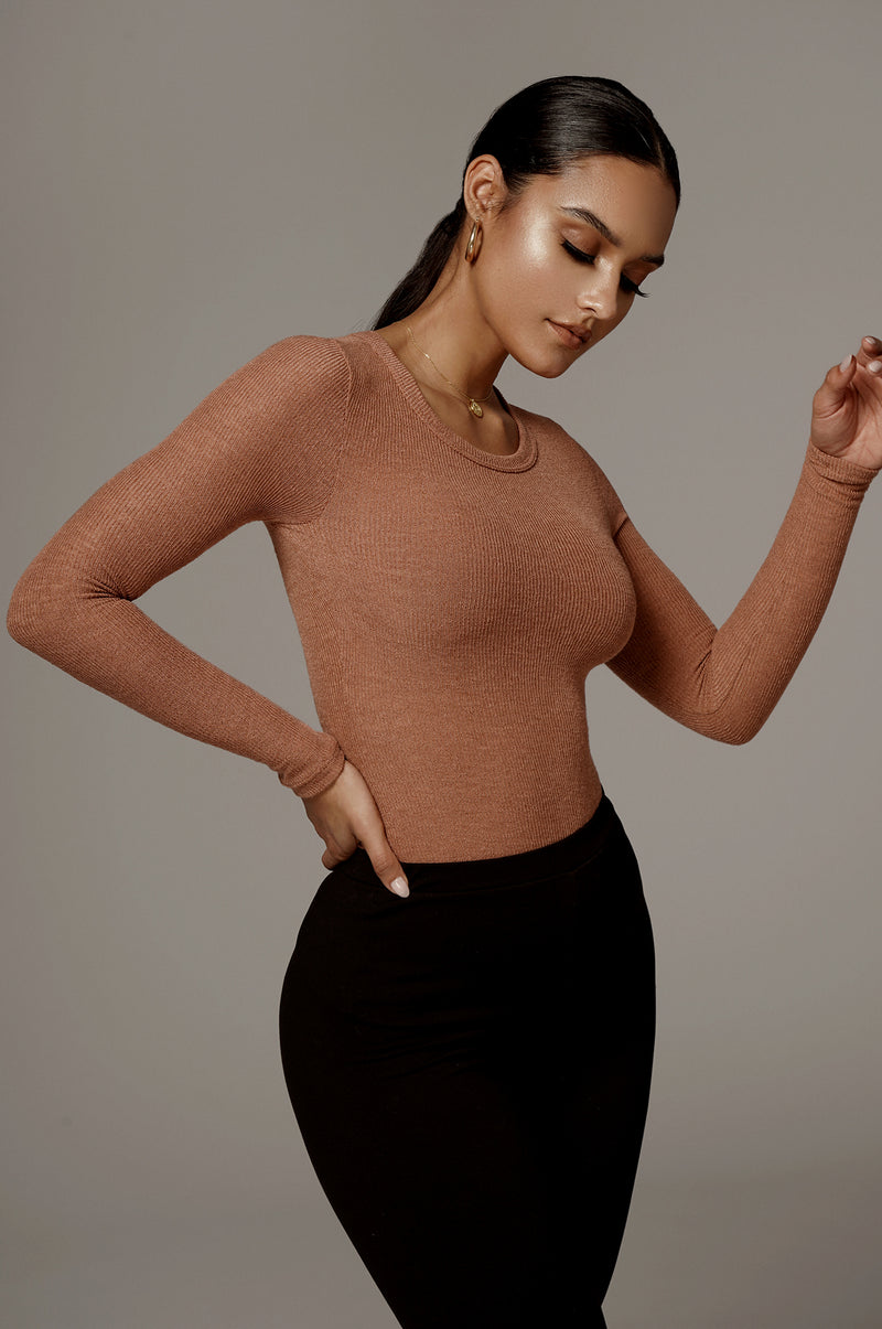 ALMOND BRITTNEY RIBBED LONG SLEEVE TOP