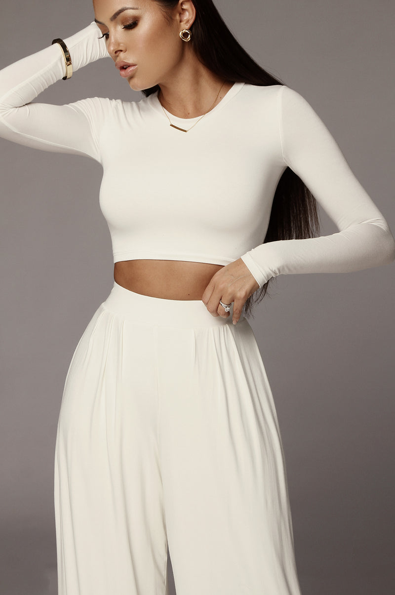 JLUXBASIX IVORY MARCIA SMOOTH CROP TOP