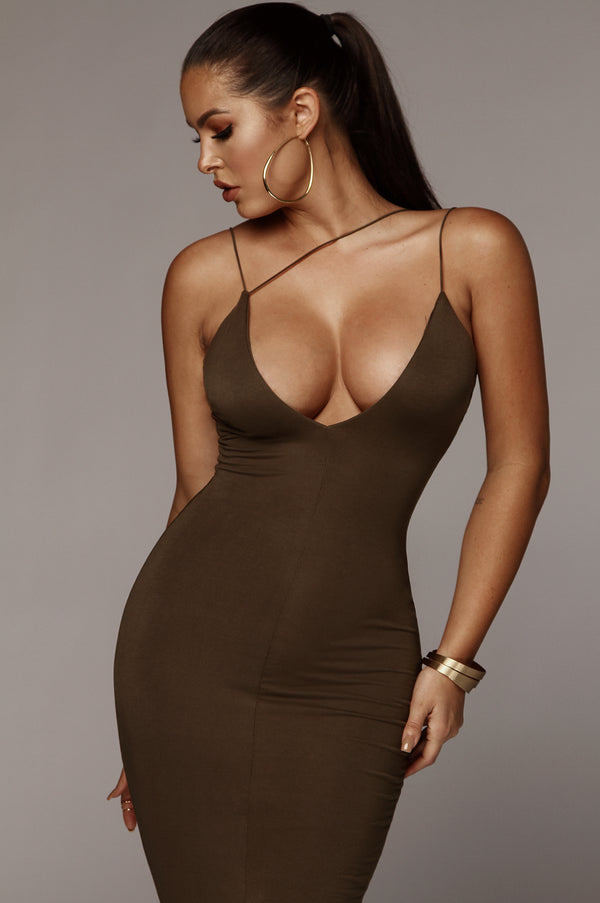 Olive Valencia JLUXBASIX Diagonal Strap Dress