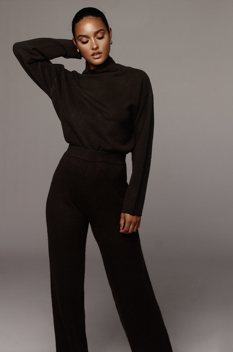 Black Elle Sweater Pants