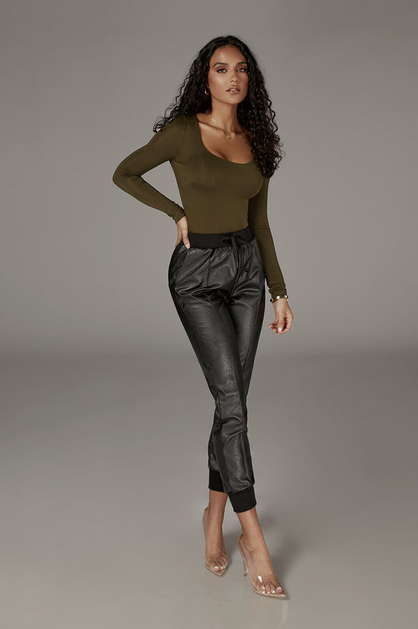 Olive Aimee JLUXBASIX Long Sleeve Top