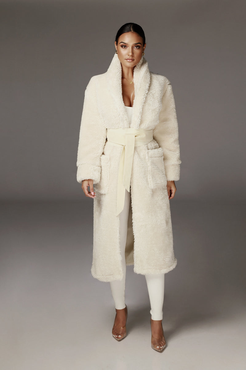 Ivory Yvenna Teddy Coat