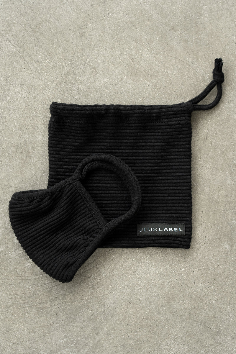 BLACK EXCLUSIVE RIBBED MASK