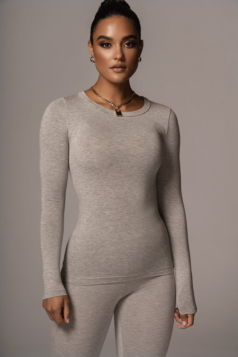 GREY RISETTE SCOOP NECK TOP