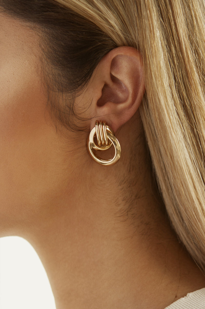 Gold Intertwined Earrings
