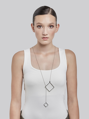 QUADRATIC - Looping necklace