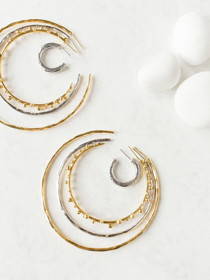 CLEAN LANES - Hammered thin circle earrings