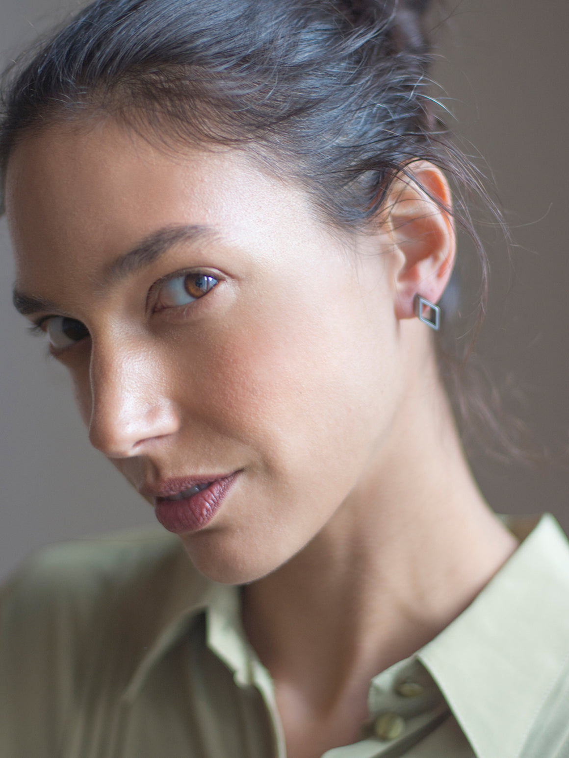 PURE GEOMETRY - Mini rombus stud earrings