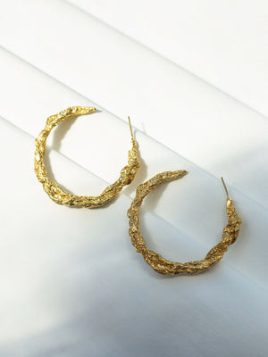 Archaic hoop earrings