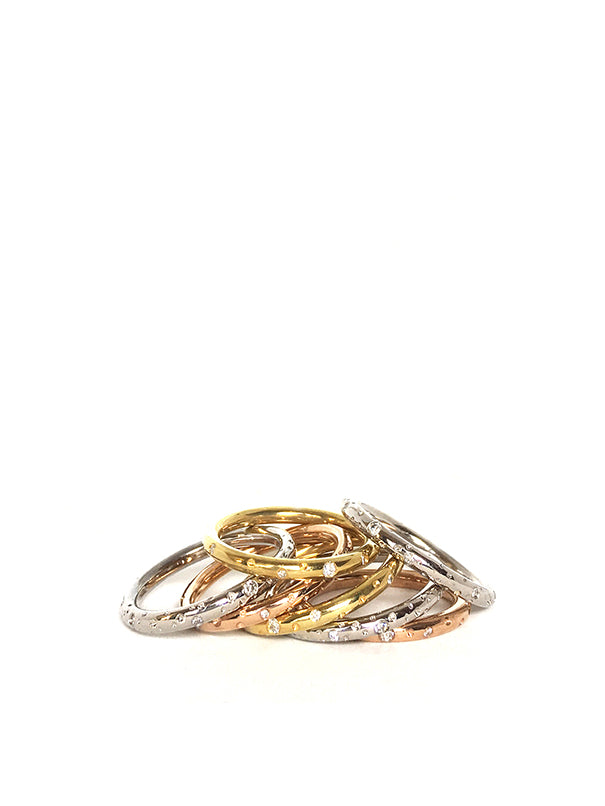 GALAXY RING / 14 cr gold with 10 different diamonds