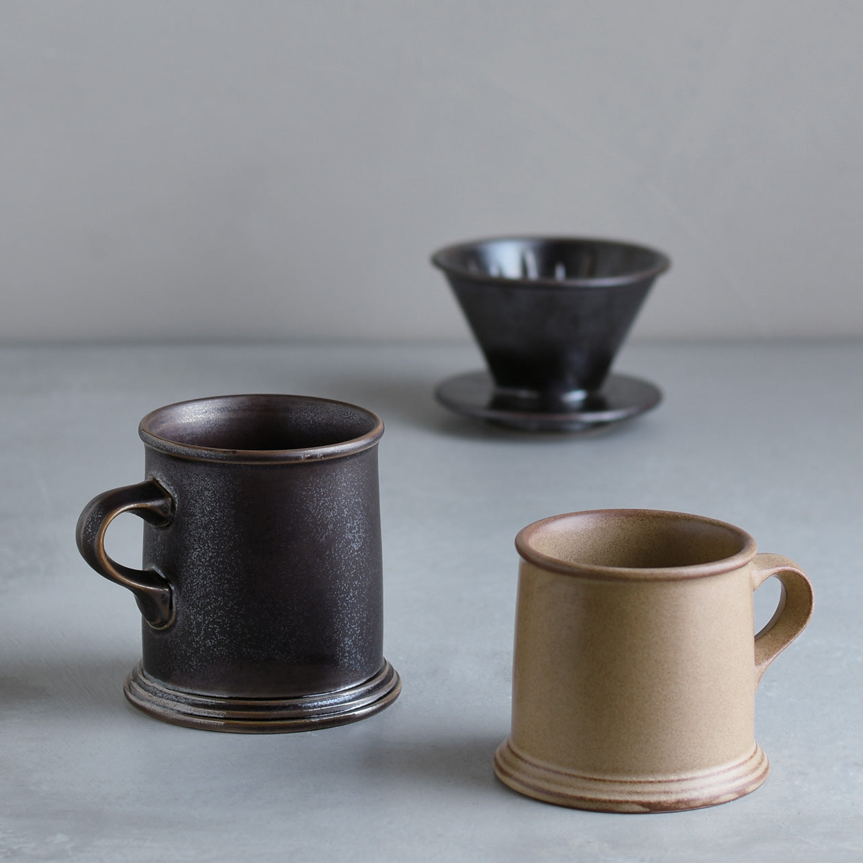 SCS-S01 Mugs and brewer