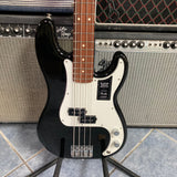 Fender Player Precision Bass, Pau Ferro Fingerboard, Black