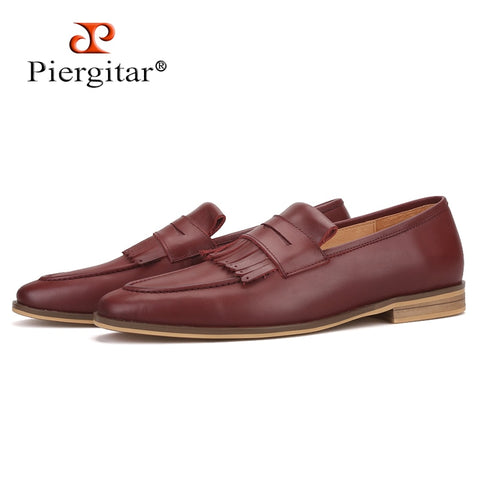 Piergitar 2019 hand-brushed calfskin men leather shoes with fringes wedding and party men's loafers smoking slippers plus size