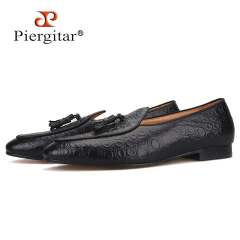 Piergitar 2019 Handmade embossed Genuine Leather Men shoes party and wedding Men's loafers with matching tassel plus size