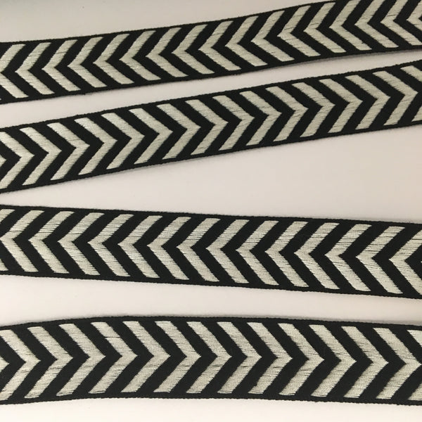 "Vintage FRENCH Black Off White 1"" Wide CHEVRON Va Va Voom Ribbon Circus Clown Costuming Belt Cotton 1950s Pin Up Girl Stage Burlesque"