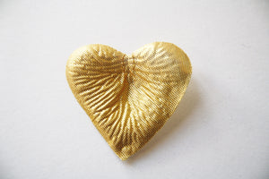 Gold Heart Shaped Silk Rose Petals