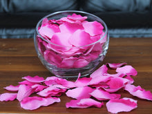 Load image into Gallery viewer, Berry Silk Rose Petals, Value Pack 1000 Petals