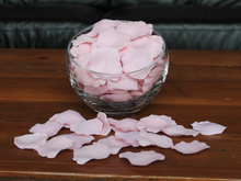 Load image into Gallery viewer, Blush Silk Rose Petals, Value Pack 1000 Petals