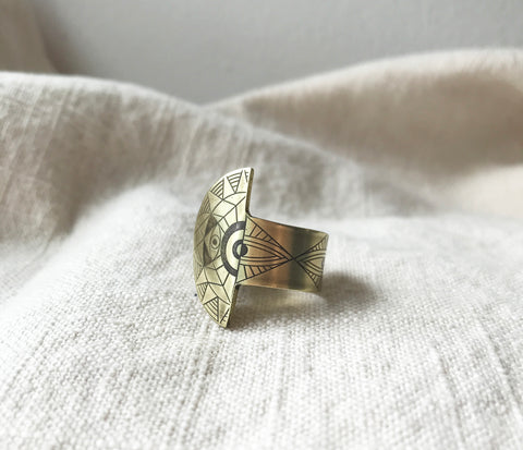 AJNA half medallion ring