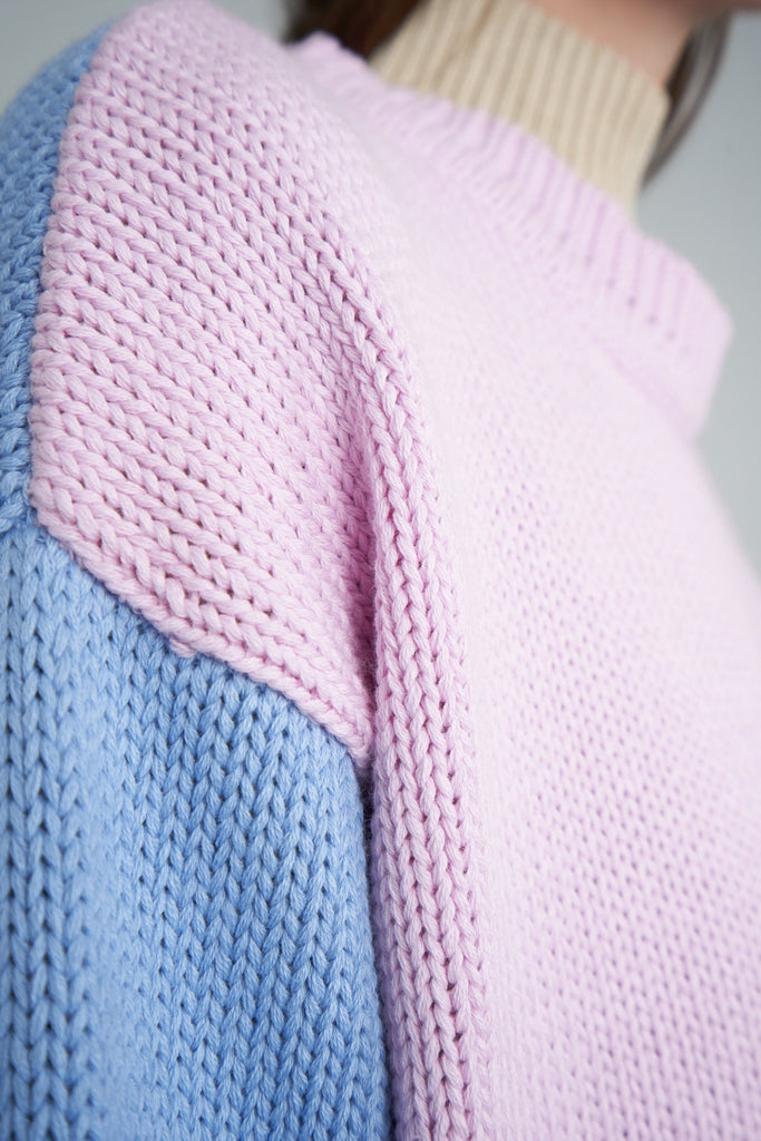 Arthur Oversized Pullover in Pink/Perriwinkle - Detail